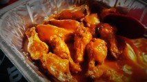 """#18"" Hot Wings, with homemade Blue Cheese dressing"